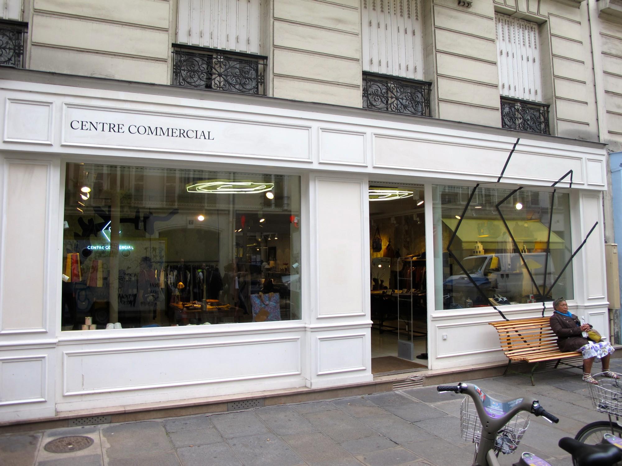 rue de marseille centre commercial the parisienne