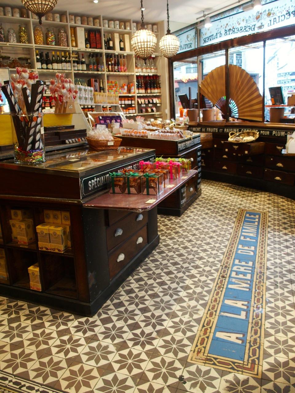 A la m re de famille chocolatier confiseur the parisienne - Www comptoir de famille com boutique ...