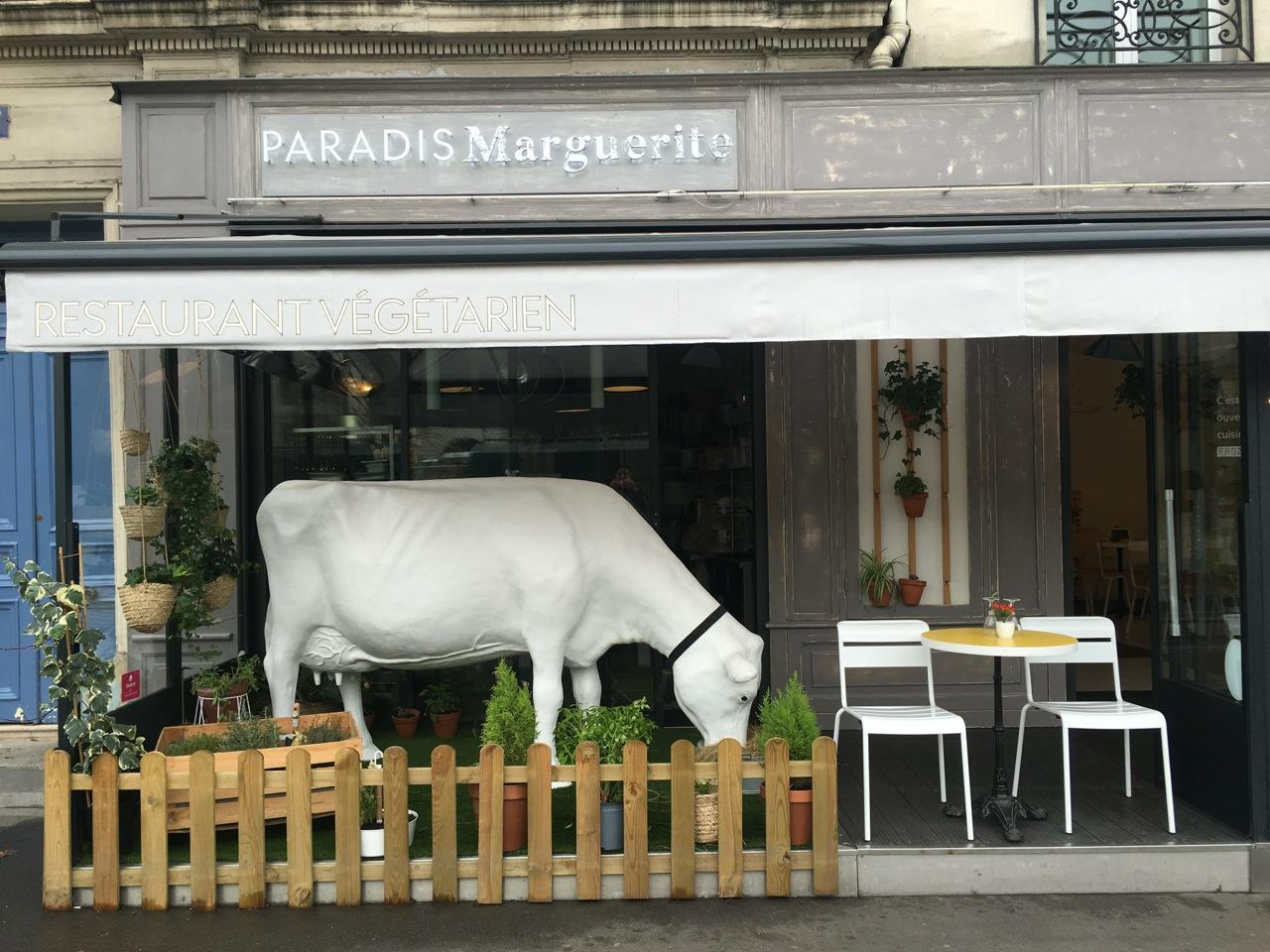 paradis marguerite restaurant v getarien the parisienne. Black Bedroom Furniture Sets. Home Design Ideas